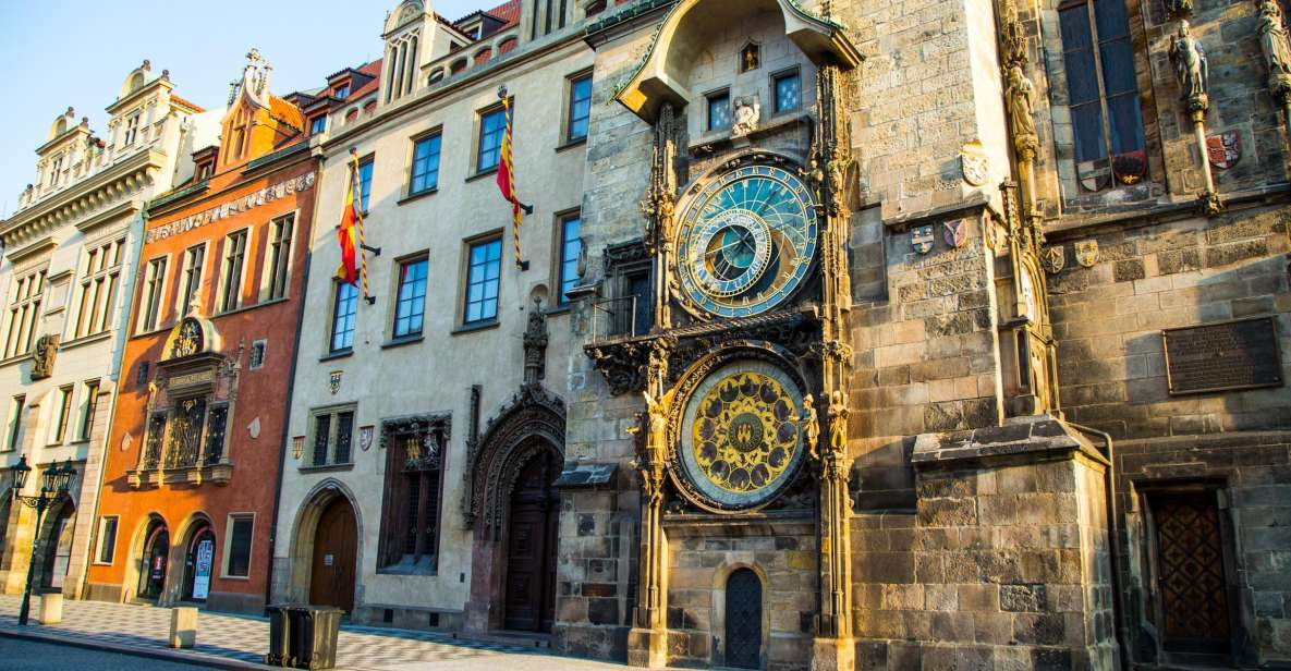 Prague: City Tour By Bus, Boat, and on Foot