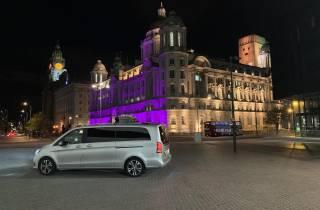 Liverpool: Nachttour mit Luxus-Transportmitteln