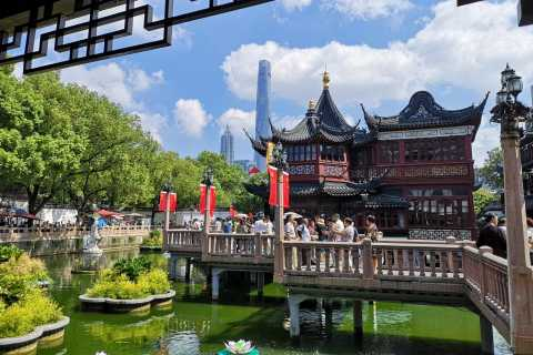 Shanghai: Private and Personalized Guided Tour
