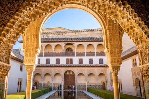 The Alhambra: 3-Hour Private Tour