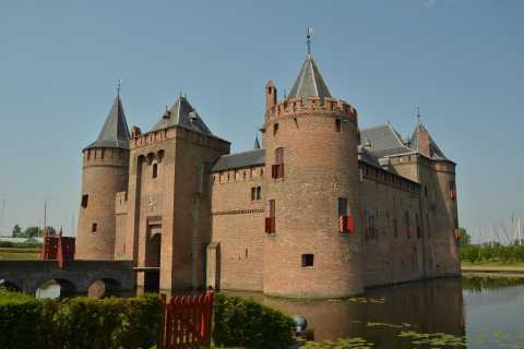 From Amsterdam: Muiderslot Private Tour