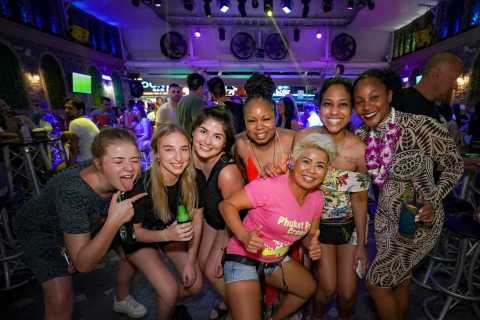 Phuket: Bar Crawl Tour