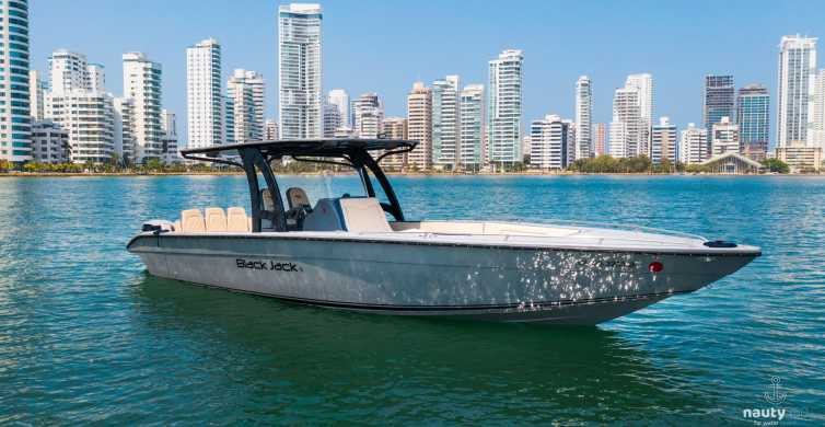 Cartagena: Private Boat Tour Around the Islands