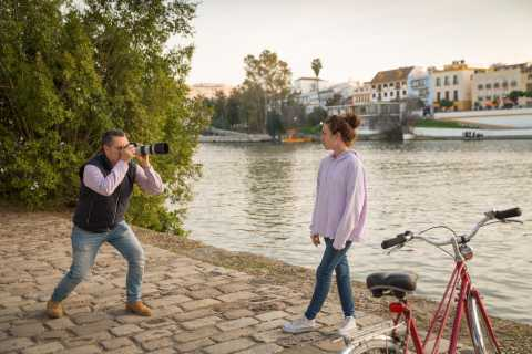 Seville: 2.5-Hour Bike Tour with Photographer and Guide