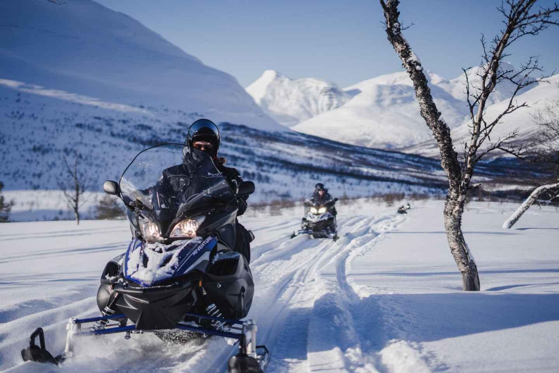 Tromsø: Schneemobilfahrt in der Wildnis & Ice-Domes-Besuch