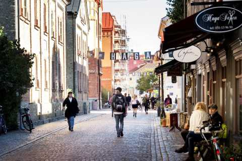 Gothenburg: Haga Old Town Walking Tour