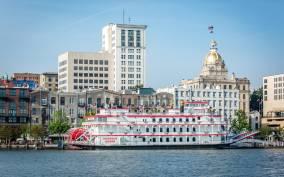 Savannah Riverboat: Narrated Harbor Sightseeing Cruise