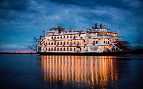 Savannah: Riverboat Dinner Cruise with Live Entertainment