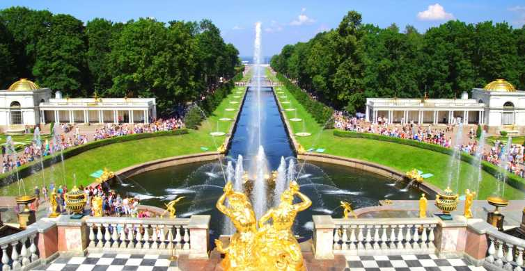 St. Petersburg: Tour of Hermitage and Peterhof Lower Park