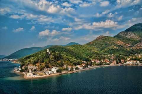 Von Podgorica: Private ganztägige Kotor Bay Tour