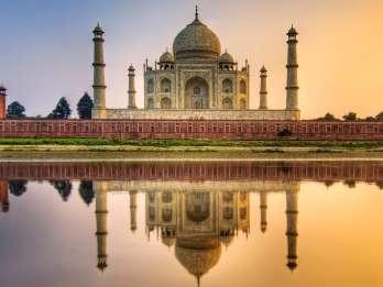 Von Delhi: Taj Mahal & Agra Fort Ticket & optionaler Transfer