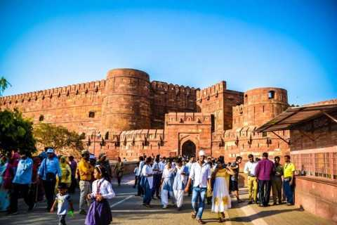Agra Fort: Fast-Track Ticket and Optional Guide and Transfer