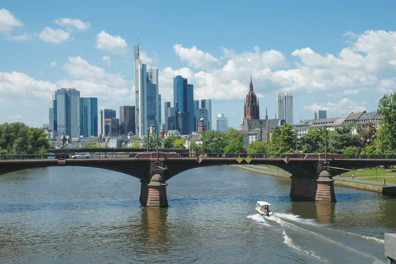 Frankfurt: 2-stündige geführte Bustour