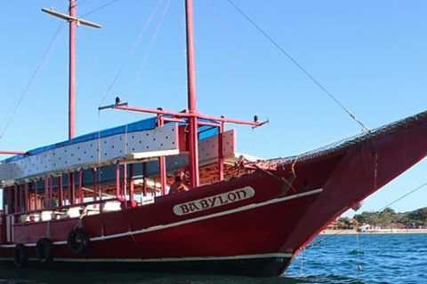 Armação dos Búzios: 3-Stop Schooner Boat Ride