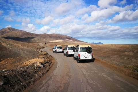 Lanzarote: Southern Landscapes 4WD Adventure with Lunch