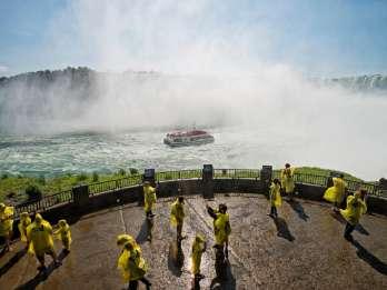 Niagarafälle, Kanada: Besichtigungstour mit Bootsfahrt