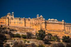 Jaipur: Entrada rápida em Amer Fort e guia / transferência opcional