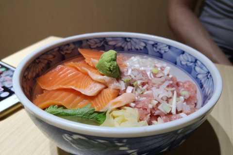 Tokyo: Classic Tsukiji Food Tour