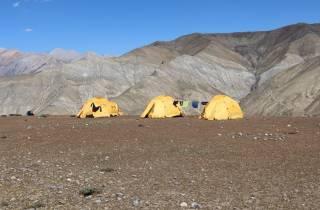 Nepal: Ländlicher Glamping-Trek mit Panoramablick