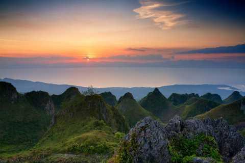 Cebu: Osmeña Peak and Kawasan Falls Tour