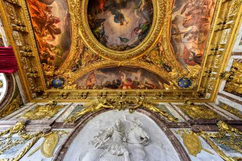 Versailles Palace: Virtual Tour with French History Expert