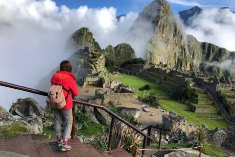 From Cusco: Machu Picchu 2-day Budget Tour by Car