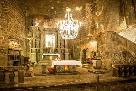 Krakow: Half-Day Wieliczka Salt Mine Guided Tour by Minibus