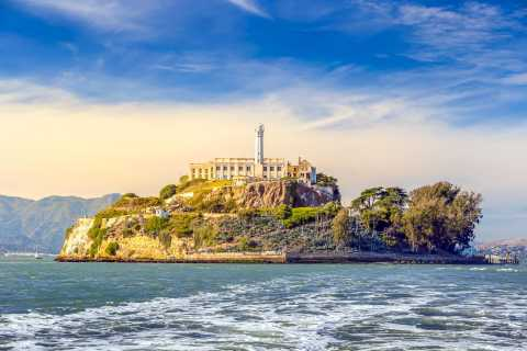 San Francisco: Waterfront Guided Tour and Alcatraz Ticket
