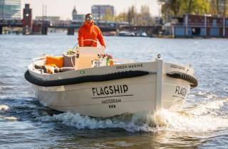 Amsterdam: Private Canal Cruise mit Getränken & Pizza oder Burger