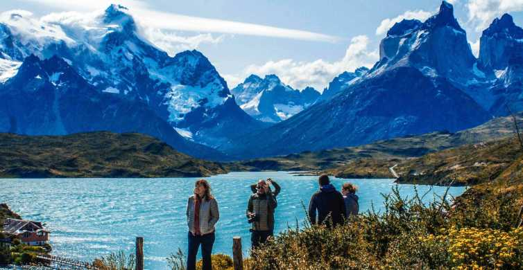 Puerto Natales: Torres del Paine Full Day Tour