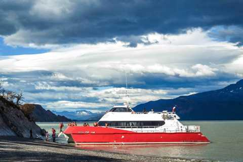 Full Day Torres del Paine Park and Boat Trip to Grey Glacier