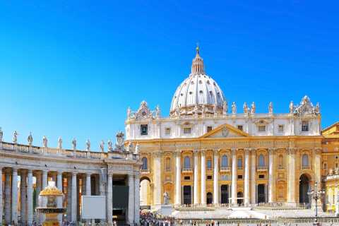 Vatican Museum Private Tour with Papal Tombs & Raphael Rooms
