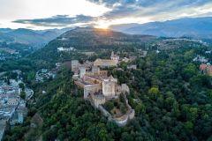 Alhambra e Generalife: Tour Pequeno Grupo c/ Acesso Rápido