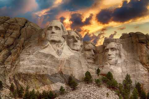 Rapid City: Mount Rushmore and Black Hills Full-Day Tour