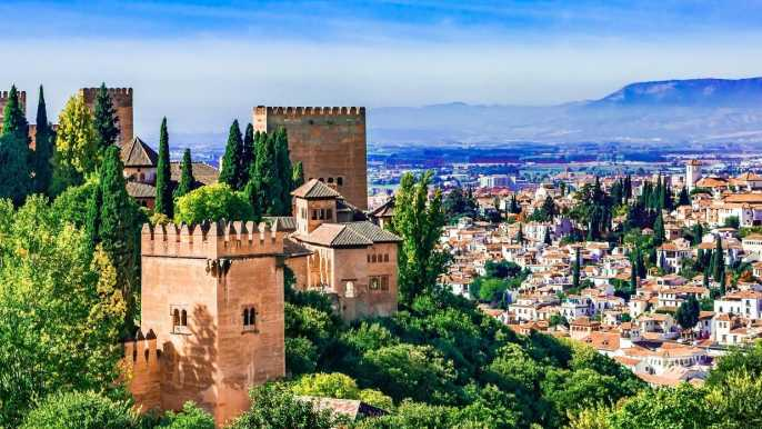 Granada: Alhambra, Generalife & Albaicín Small-Group Tour