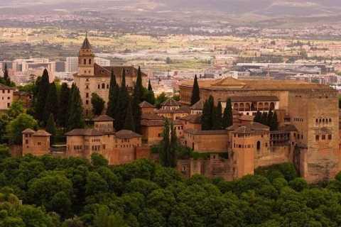 Granada: tour privado sin colas a la Alhambra y Generalife