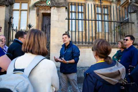 Oxford: Private Walking Tour with University Alumni Guide