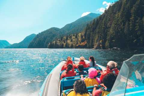 Vancouver: City and Seal Boat Tour