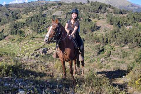 Cusco: Sacsayhuaman Guided Tour and 1-Hour Horseback Ride