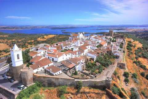 From Lisbon: Évora and Monsaraz Day Tour with Wine Tasting