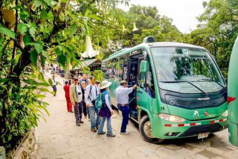 Aguas Calientes: Bus Transfer to Machu Picchu Citadel