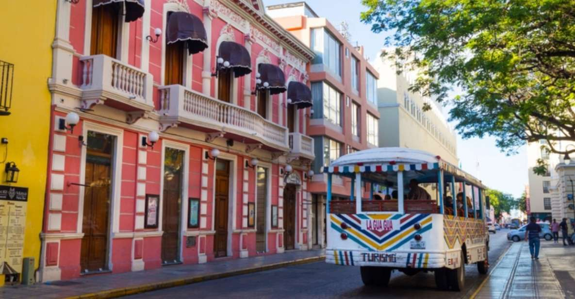 Merida: City Tour in a Gua Gua Bus