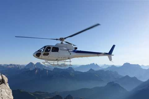 Bern: Privater 42-minütiger Hubschrauberflug der Schweizer Alpen