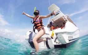 From Cancun & Riviera Maya: Isla Mujeres Private Boat Trip