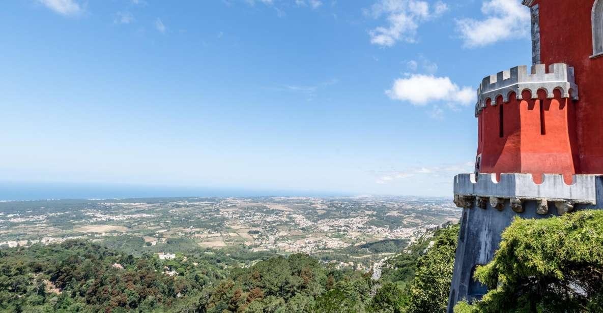 Lissabon: Pena-Palast, Sintra, Cabo da Roca & Cascais Tour