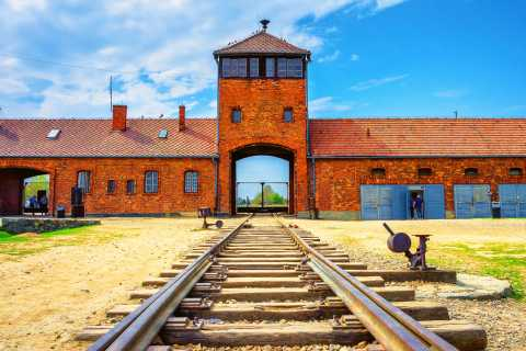 From Krakow: Auschwitz-Birkenau Live Guided Tour
