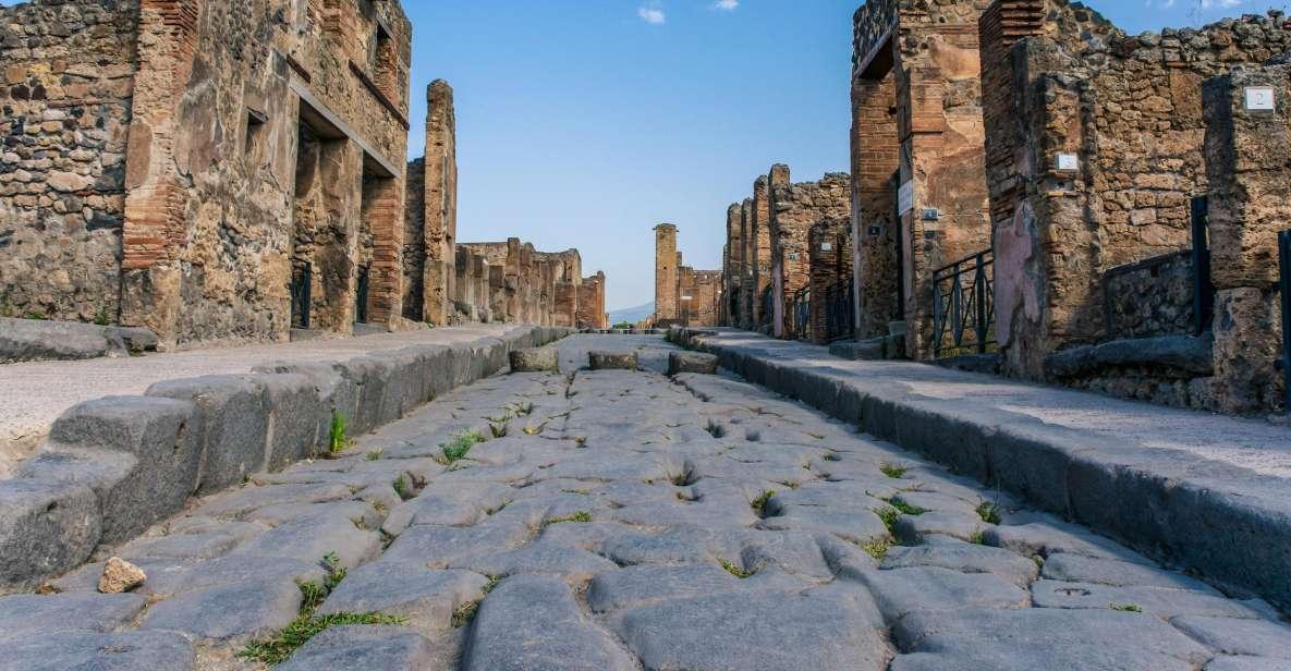 Naples or Sorrento: Full-Day Pompeii and Mount Vesuvius Tour