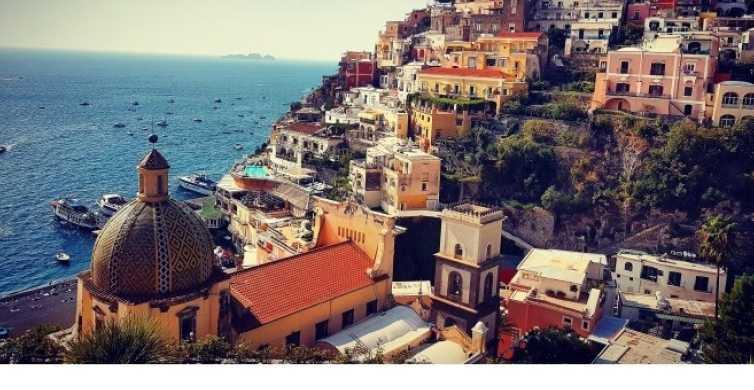 Nápoles: recorrido de Positano, Amalfi y Ravello en un autobús de lujo