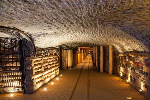 Krakow: Guided Wieliczka Salt Mine Tour