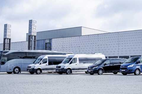 Warschau: Modlin Airport Private Transfer